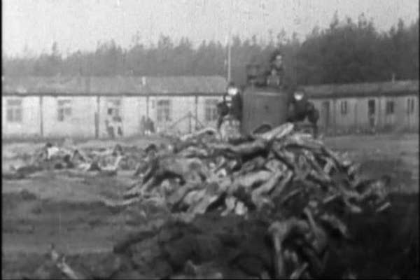 Auschwitz: The Nazis and the Final Solution I-II 32.